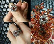 Кольцо в виде цветка ручной работы