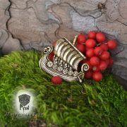 Бронзовая подвеска «Драккар викингов» фото 1