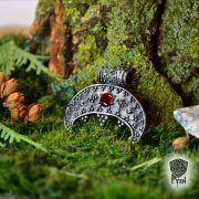 Подвеска с камнем «Лунница зерненая» фото 1