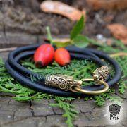 Гайтан шнур «Волки» из натуральной кожи фото 6