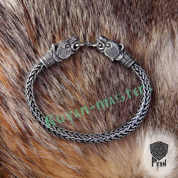 """Браслет """"Медведи"""" викинг плетение фото 1"""