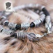 Кожаный браслет «Орлы» с рунами Старшего Футарка фото 1